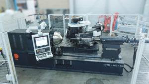 DENN metal spinning machine