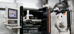 DENN metal spinning machine and robot